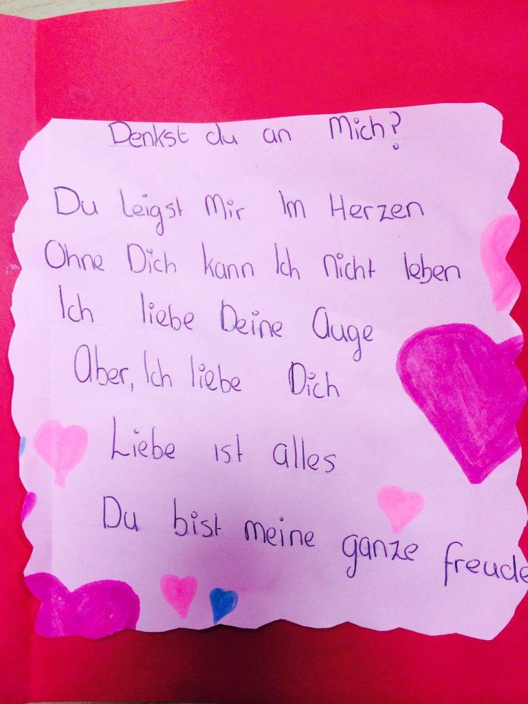 Heute Haben Wir über Valentinstag Gesprochen. Wir Haben Karten Gemacht Und  Gedichte über Liebe Geschrieben.